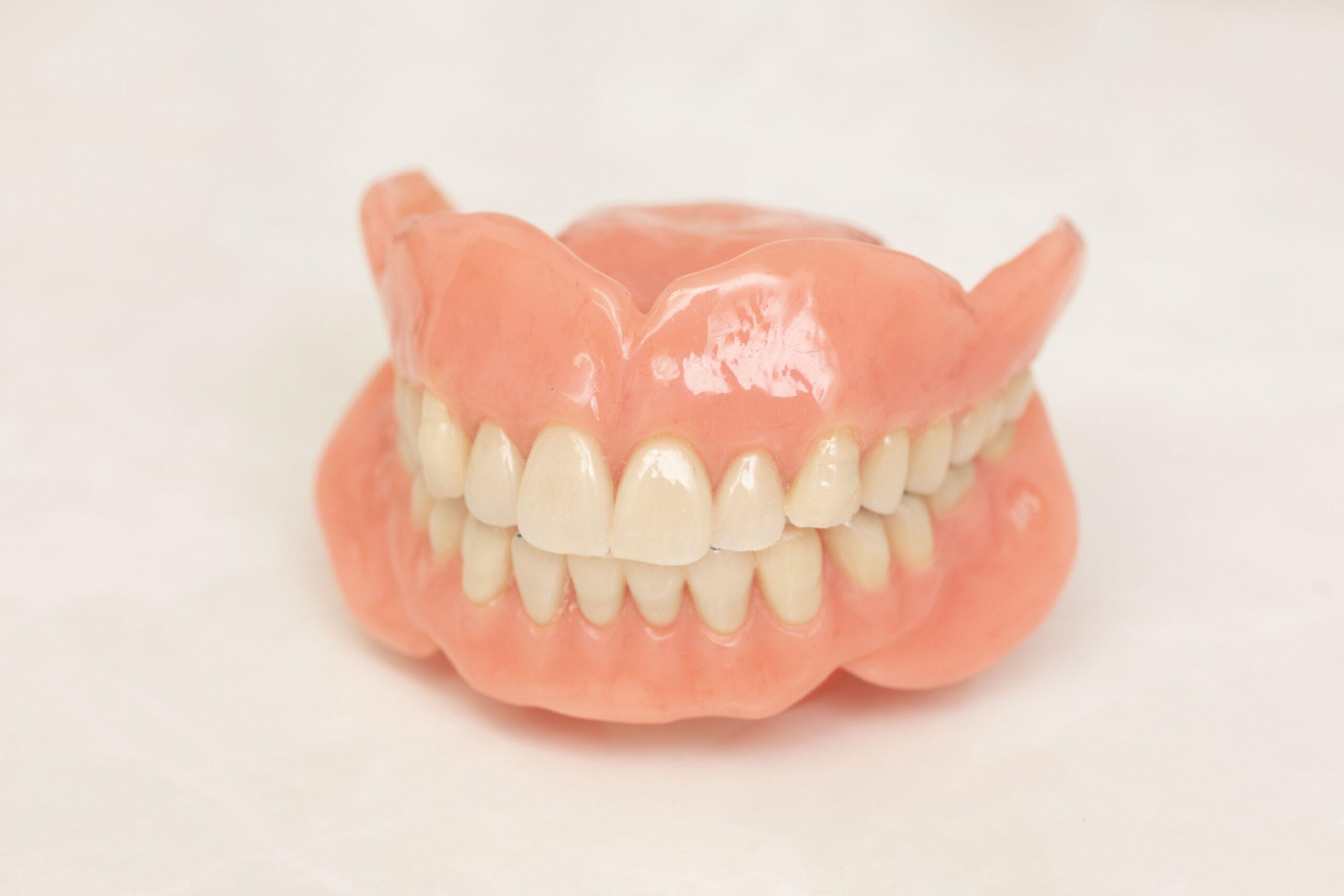 最終的な入れ歯の作製